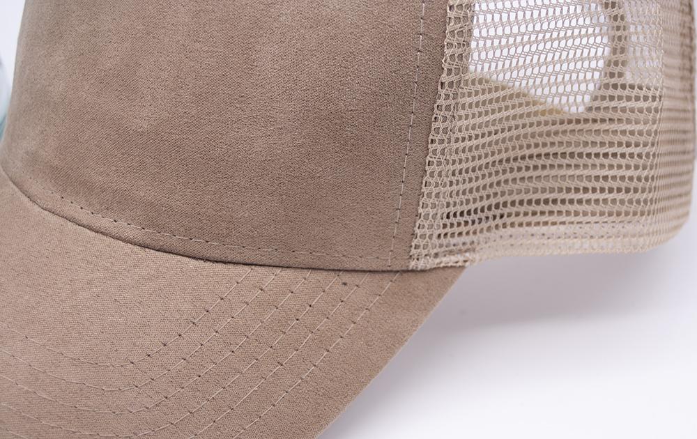 C6740 Tan Detail